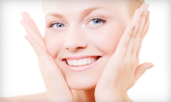 Vida Spa - Doral: $59 for a Spa Package with Mani-Pedi and a Chocolate Facial at Vida Spa in Doral ($160 Value)