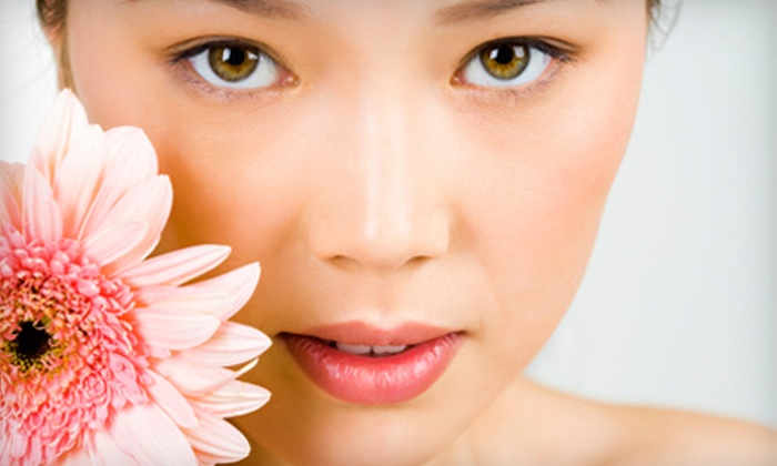 Lookfine Beauty - Multiple Locations: $20 for $40 Worth of Threading, Waxing, and Spa Services at Lookfine Beauty