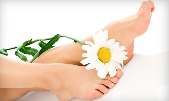XSV360: $15 for a 10-Pad Kinoki Foot Pads Detox Cleansing Package from XSV360 ($34.99 Value)