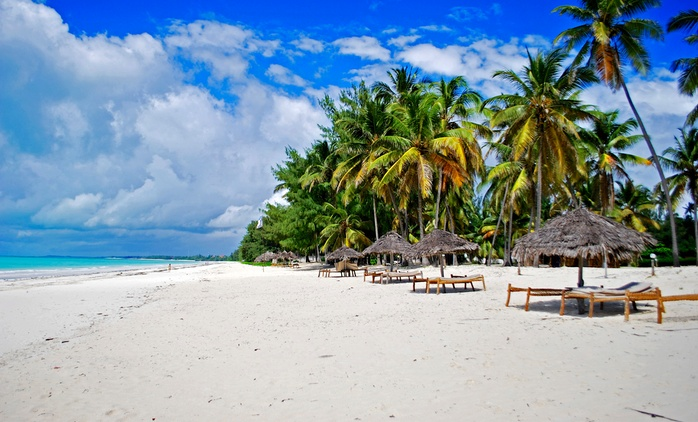 3 Nights with Breakfast and Airport Transfers with Prime Safaris**