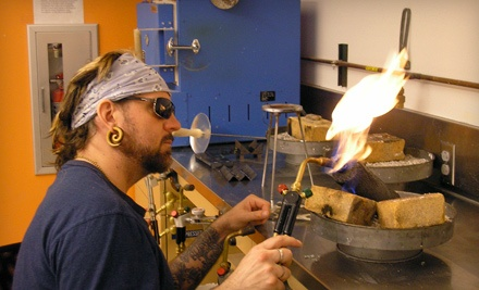 4- to 6-Week Clay, Fiber, Graphics, or Woodturning Class - Craft Alliance in St. Louis