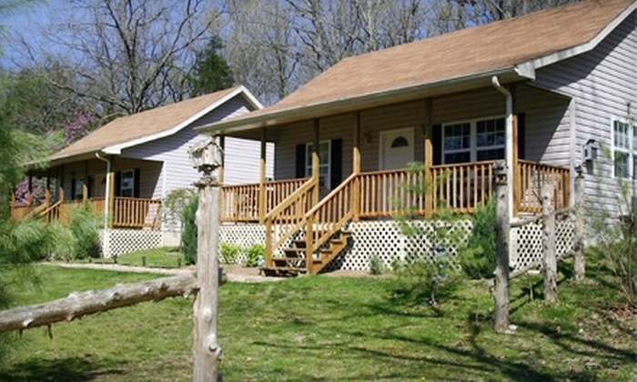 Aunt Sadie's Bed & Breakfast - Branson: $80 for a One-Night Stay at Aunt Sadie's Bed & Breakfast in Branson (Up to $169.76 Value)