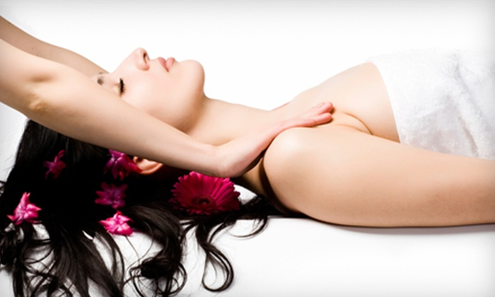 Universal Chiropractic - Cathedral Hill,Van Ness,Laguna Heights: $39 for One-Hour Massage and Wellness Exam at Universal Chiropractic (Up to $495 Value)