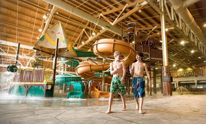 Great Wolf Lodge Grand Mound - Centralia, WA: 1- or 2-Night Stay for Up to 7 with Water-Park Passes & Resort Credit at Great Wolf Lodge Grand Mound in Grand Mound, WA