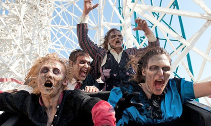 Zombie Fright Run – Six Flags Great Adventure - Eureka: $65 for One Entry to Zombie Fright Run – Six Flags Great Adventure on Saturday, September 28 (Up to $134.89 Value)