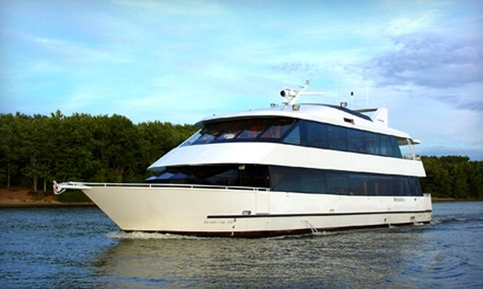 Newport Cruise Company - Middletown: $8 for One-Hour Harbor Tour Through Newport Harbor and Narragansett Bay from Newport Cruise Company