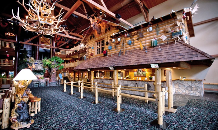 Property at a Glance: Great Wolf Lodge Sandusky. The heart and soul of Great Wolf Lodge Sandusky is its 33,square-foot indoor water park. Splashy rides such as Alberta Falls—a four-story double-raft water slide—and a winding lazy river surround the park's iconic hub: a four-story treehouse with a 1,gallon tipping shopmotorcycleatvprotectivegear9.ml: $