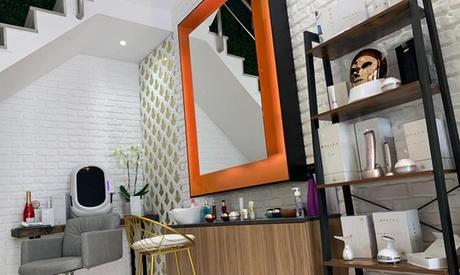 Análisis facial más higiene con peeling y tratamientos a elegir en Opatra London (hasta un 72%)