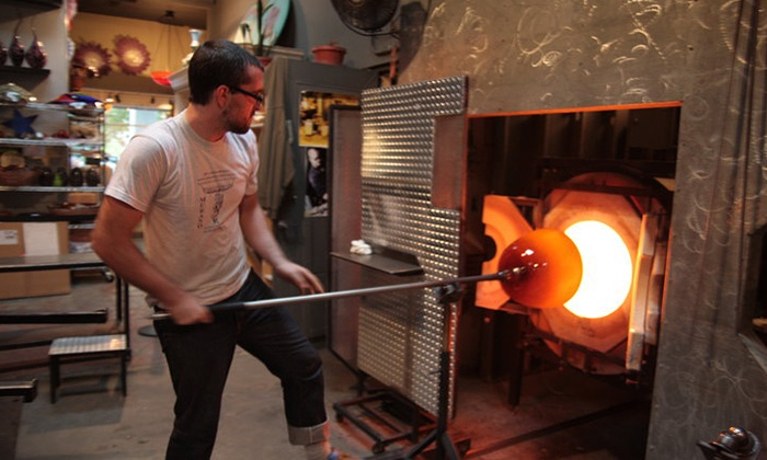 Seattle Glassblowing Studio & Gallery - Seattle: Glass-Blowing Workshops at Seattle Glassblowing Studio & Gallery (Up to 48%Off). Three Options Available.