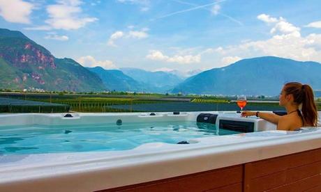 Trentino: fino a 7 notti in camera Deluxe con colazione, Spa, golf e noleggio bike per 2 persone al The Lodge Hotel 4*