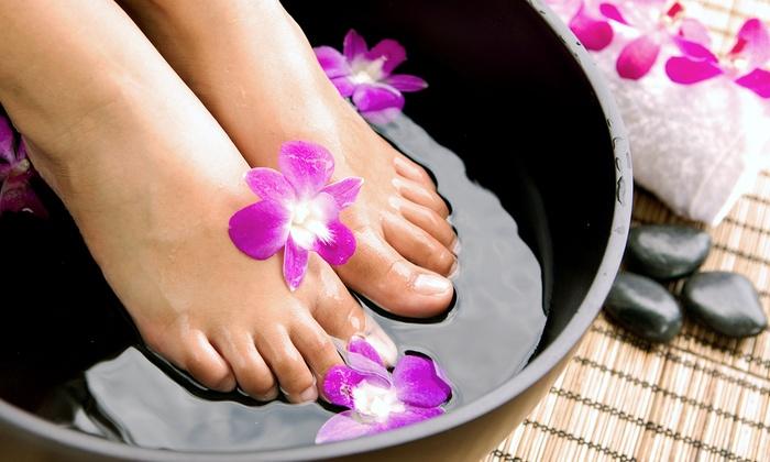 Spa Zeeba - West Riverside: $59 for One Ionic Foot-Detox Treatment with Reflexology at Spa Zeeba ($120 Value)