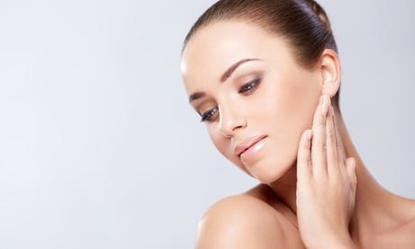 Rejuvenecimiento facial con toxina botulínica y/o hilos tensores y mesoterapia desde 89 € en 2 centros de BM Concept