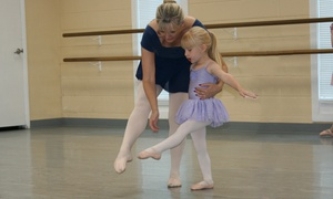 Cecil Dancenter: Four Dance Classes from Cecil Dancenter (55% Off)