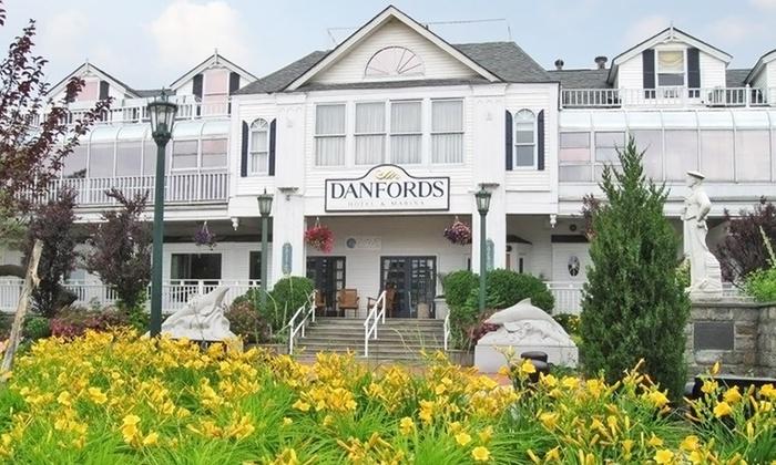 Danfords Hotel & Marina - Port Jefferson, NY: Stay at Danfords Hotel & Marina in Port Jefferson, NY; Dates into January 2015