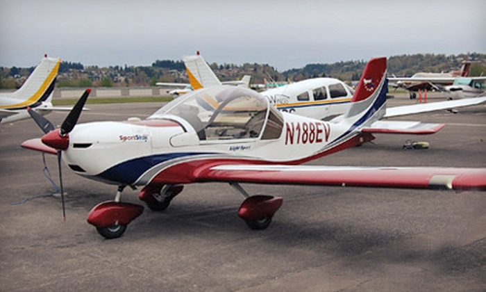 AcuWings - Renton: Scenic Flight of Seattle, Intro Flight Training, or Pilot Training at AcuWings (Up to Half Off)