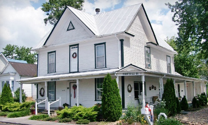 Parrottsville Inn - Parrottsville: Two-Night Stay for Two with Roses and Chocolates at the Parrottsville Inn (Up to 52% Off)