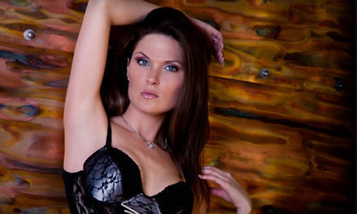 Pravae Boudoir Photography - Largo: $89 for a Boudoir Photo Shoot with Proof CD and Two Prints at Pravae Boudoir Photography in Pinellas Park ($425 Value)