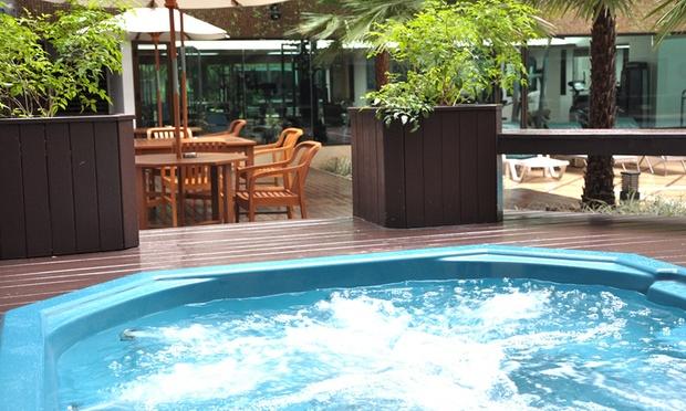Bangkok: Asia Hotel + Thai Airways Flights 3