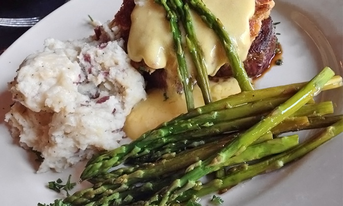 Lisa's Cafe of Madeira Beach - Madeira Beach: Steak and Seafood for Dinner at Lisa's Café (40% Off)