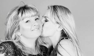 MI Studio: Mother and Daughter Makeover Photoshoot With Prosecco and Prints for €29 at MI Studio (87% Off)