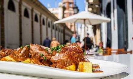 Menú para 2 o 4 personas con entrante, principal, postre y bebida desde 22,99 € en Abastos Multibar