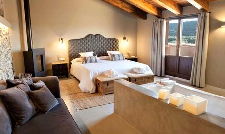 Teruel: 1, 2 o 3 noches para 2 personas con desayuno y opción a spa y cena en Hotel Mas de Cebrían