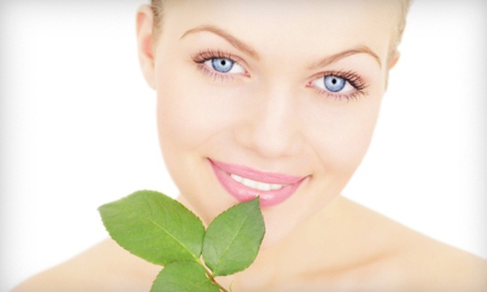 Renaissance Spa - Bloomfield Medical Village: One or Three Green Facial Peels at Renaissance Spa (Up to 85% Off)