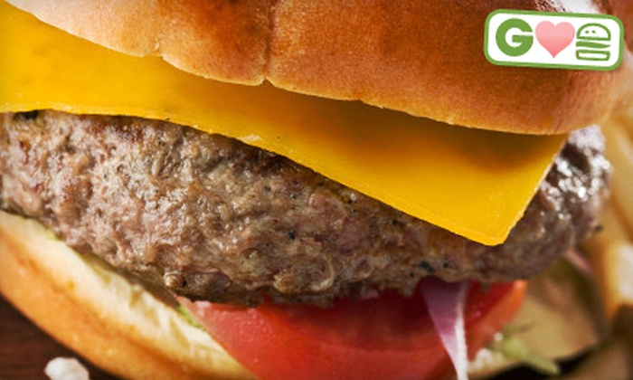 Baxter's 942 Bar & Grill - Highlands: $11 for Burgers and Sides for Two at Baxter's 942 Bar & Grill (Up to $22.88 Value)