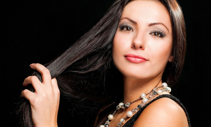 Styles 109 - Ankeny: Half or Full Head of LOX Hair Extensions at Styles 109 (Up to 58% Off)