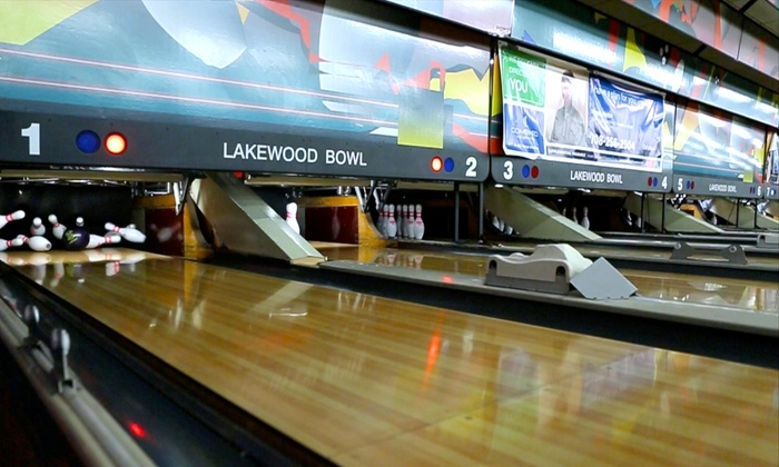 Lakewood Bowl - Richton Park: Bowling for 2 or 4 with Optional Margaritas and Tacos at Lakewood Bowl (Up to 50% Off). Choose from 4 Options.