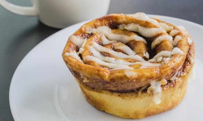 Bakercakemaker - Hollywood: $13 for $20 Worth of Baked Goods — Baker CakeMaker