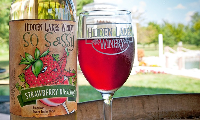 Hidden Lakes Winery - Canal Winchester: $13 for $20 Worth of Bistro Cuisine at Hidden Lakes Winery