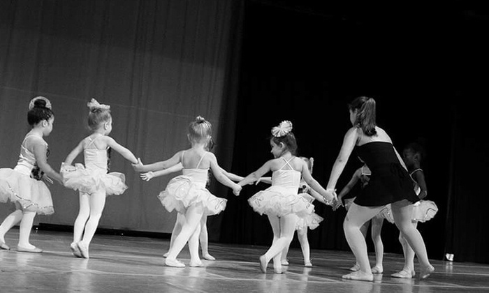 Dance Contempra - Mcintosh Estates: Up to 50% Off Dance Camp at Dance Contempra