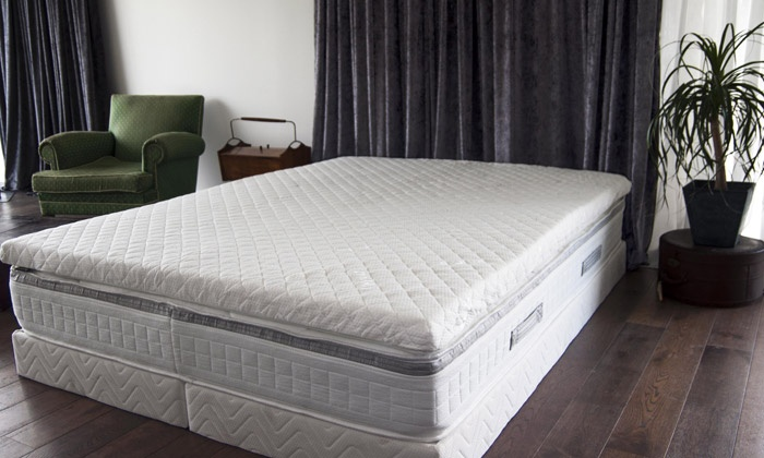 surmatelas m moire de forme bambou groupon. Black Bedroom Furniture Sets. Home Design Ideas