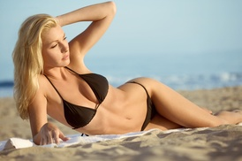 ValuTan & Smoothie: Up to 75% Off Tanning at ValuTan & Smoothie