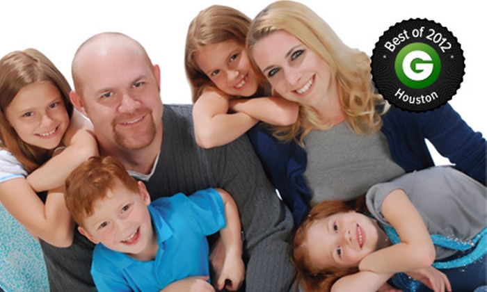 Studio One to One Photography - Multiple Locations: $19 for a 30-Minute In-Studio Portrait Session with Prints at Studio One to One Photography ($266.60 Value)