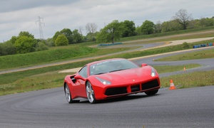 Motorsport Academy: Piloter une voiture de sport sur un circuit au choix dès 59 € avec Motorsport Academy