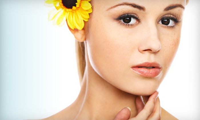 Forever Young Los Angeles - Mid-City West: $99 for One IPL or CoolTouch Anti-Aging Laser Treatment at Forever Young ($500 Value)