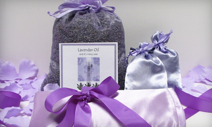 The Seasoned Woman - Avondale,Craycroft: $18 for a Lavender Dreams or Cooking with Organic Herbs, Flowers, and Tea Gift Set at The Seasoned Woman ($36 Value)