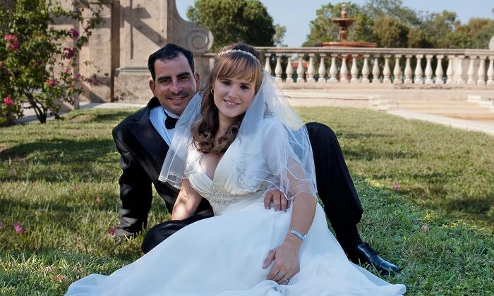 Jorge R Gonzalez Photography - Miami: $625 for a Wedding-Photography Package from Jorge R Gonzalez Photography ($1,250 Value)