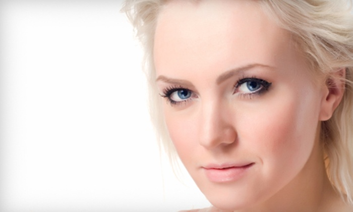 Roxy's Salon and Spa - Stonybrook: $27 for a Resurfacing Facial, Microdermabrasion, and Glycolic-Acid Peel at Roxy's Salon and Spa ($55 Value)