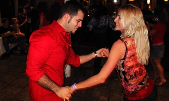 Salsa Mia - North Tamarind: $15 for Four Hours of Salsa Classes at Salsa Mía ($60 Value)