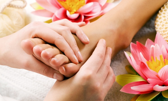 Skin-sations - Bradford West Gwillimbury: C$29 for One 45-Minute Reflexology Treatment at Skin-sations (C$65 Value)