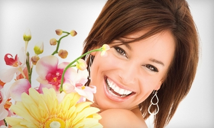 Maryville Family Dental - Maryville: $47 for a Take-Home Whitening Treatment, X-rays, and Dental Exam at Maryville Family Dental ($371 Value)