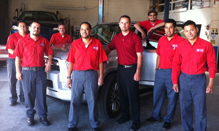 SCR Auto Center - Hayward: $40 for a Full-Service Oil Change, Including Tire Rotation and Car Wash, at SCR Auto Center in Hayward (Up to $79.99 Value)
