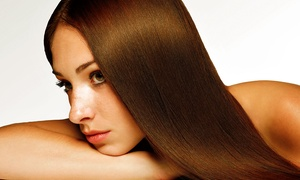 Up Style Studio de Beleza: Up Style Studio de Beleza – Rio Branco: escova semidefinitiva + modeladora (opção com corte, manicure e pedicure)