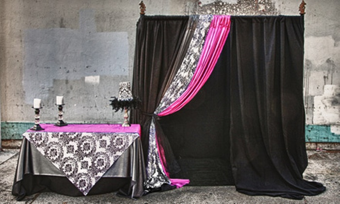 The Platinum Photo Booth - Fullerton: $499 for a Four-Hour Photo Booth Rental from The Platinum Photo Booth ($1,095 Value)