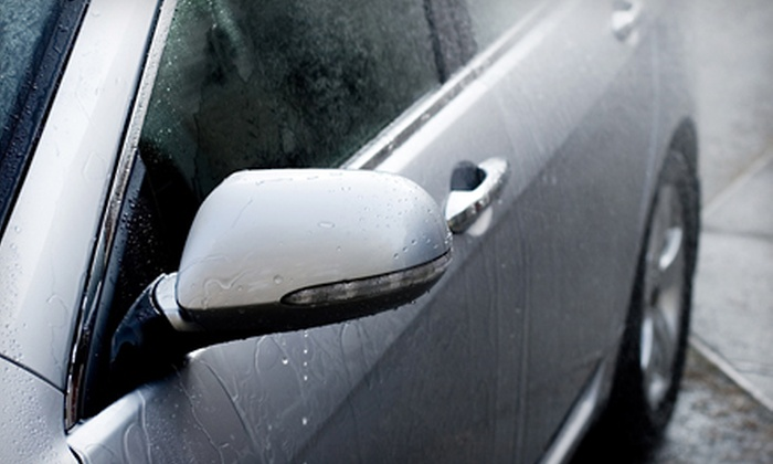 UItimate Car Wash & Express Lube - Belvidere: $8 for a Deluxe Wash at Ultimate Car Wash & Express Lube (Up to $16 Value)