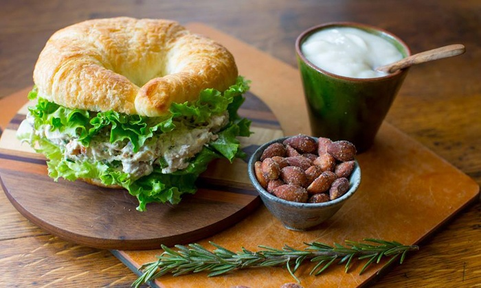 Eat n' Run - Eat n' Run Cafe: Cafe Breakfast or Lunch at Eat n' Run (Up to 50% Off)