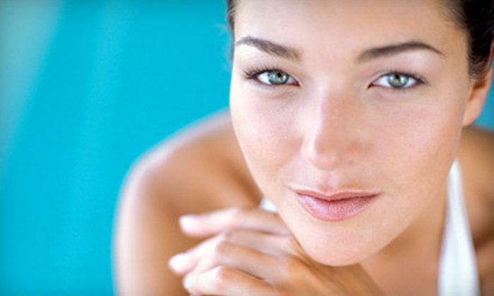 Loripak Beauty Spa - Upper East Side: One or Two Citrus Body Treatments or Alpha-Beta Facials with Red-Light Therapy at Loripak Beauty Spa (Up to 67% Off)